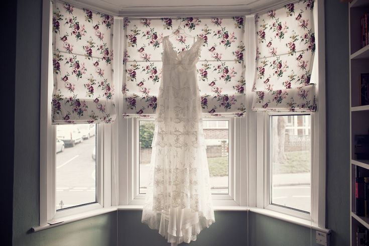 A lovely relaxed South London pub wedding with polka dots and Edwardian lace! Photography by Weddigns Vintage  Houston by Cymbeline  www.mirrormirror.uk.com