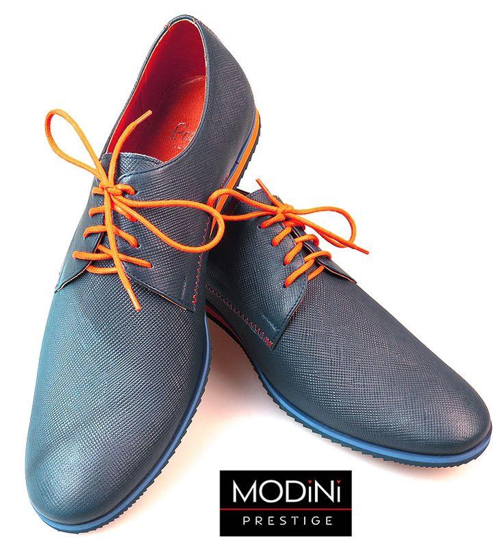 Granatowe buty męskie z pomarańczowymi kontrastami