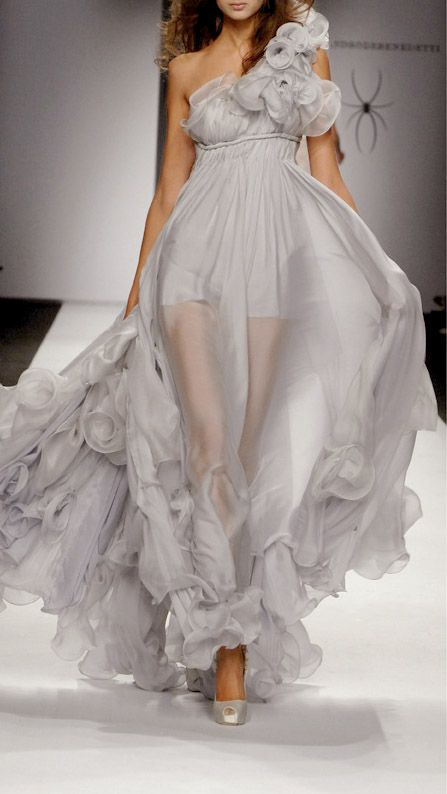gown / Alessandro De Benedetti 2008