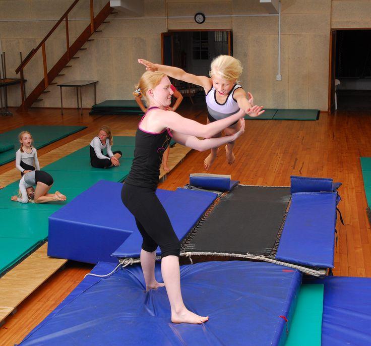 gymnastics+for+toddlers | kids-gymnastics-dive-roll-training
