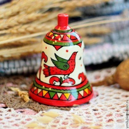 Колокольчик из дерева пермогорская роспись, русский сувенир - ярко-красный, красный цвет