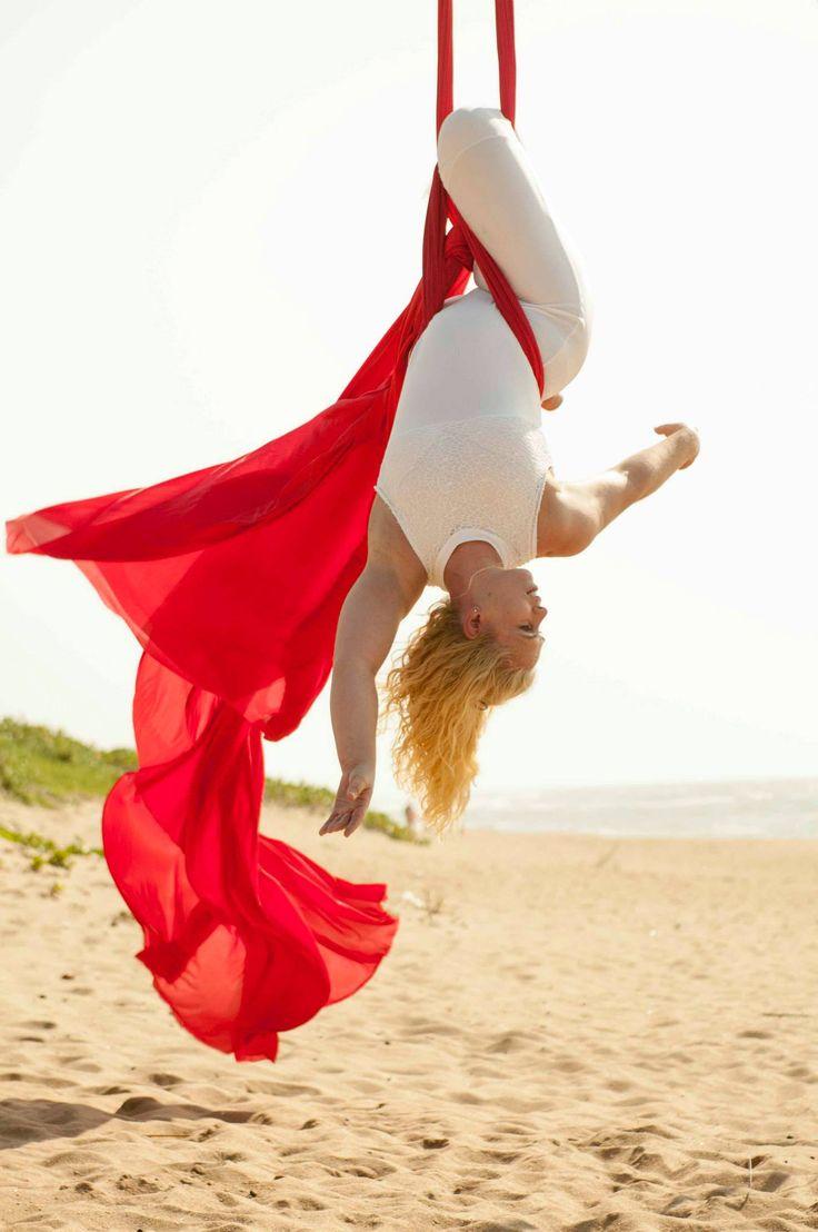 Movement and colour - Michelle Hutchinson