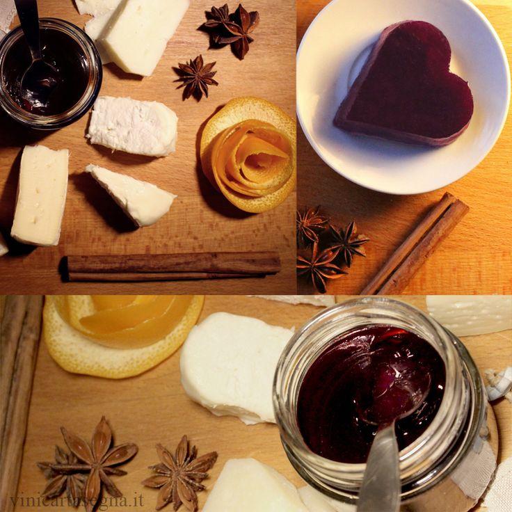 """Se è vero che """"la strada per il cuore di un uomo passa dal suo stomaco"""" (Fanny Fern) ecco un'idea bella e buona per la tavola di San valentino: gelatina di vin brulé da abbinare a un tagliere di formaggi o da assaporare come un fresco dessert. Wine&Love! http://www.vinicartasegna.it/gelatina-di-vino-rosso/ #sanvalentino"""