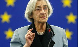 Yelena Bonner (1923-2011)........ (Lusik Georgievna Alikhanova) Human Rights Activist / Wife of Andrei Sakharov