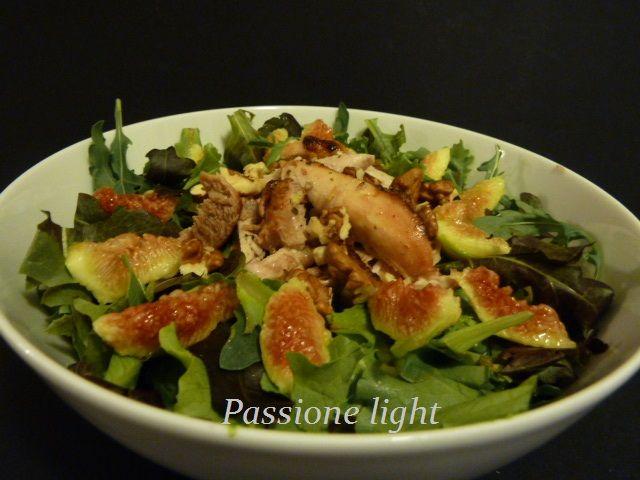 http://www.passionelight.it/2015/09/insalata-di-pollo-noci-e-fichi.html