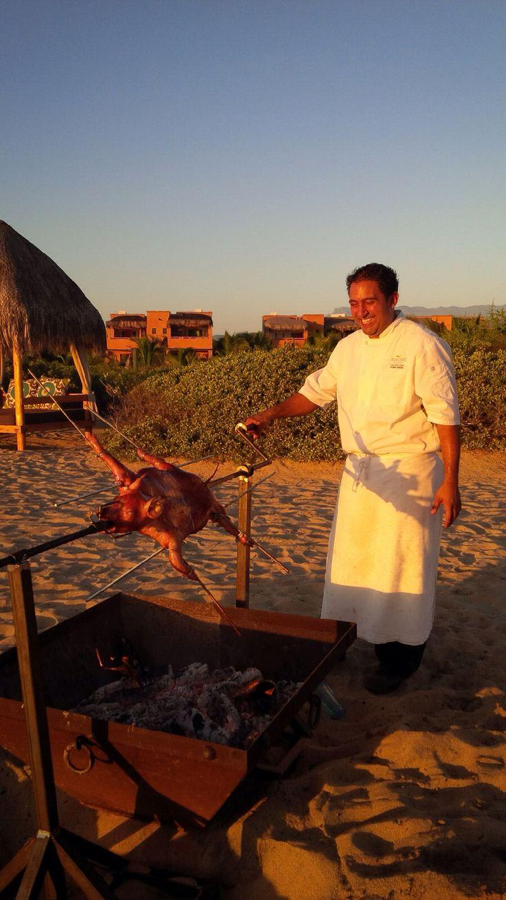 148 best whole roast pig images on pinterest pig roast boxes