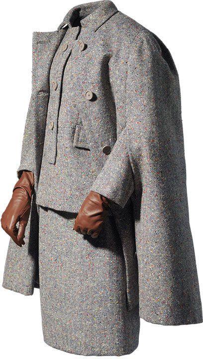 Traje y capa en cheviot de lana gris. 1962. Cristóbal Balenciaga. Perteneció a la princesa de Mónaco, Grace Kelly.