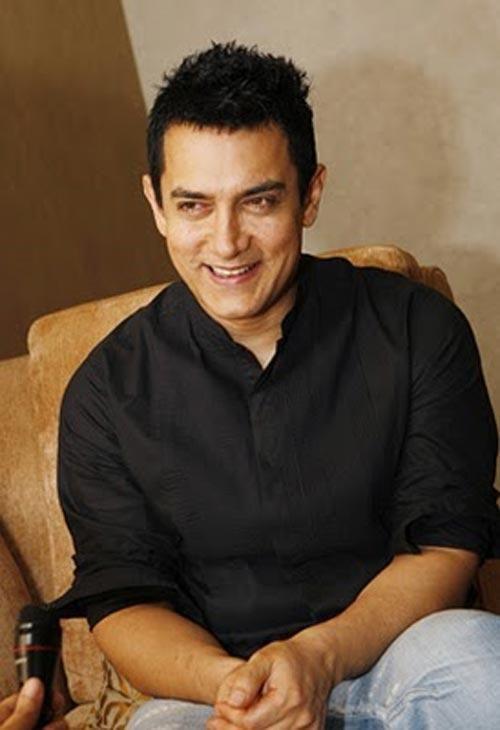 Aamir Khan Cute Smile Pic