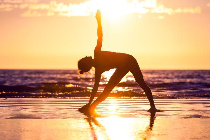 Jooga+voi+tuoda+helpotusta+ikäviin+kuukautiskramppeihin+ja+PMS-oireisiin