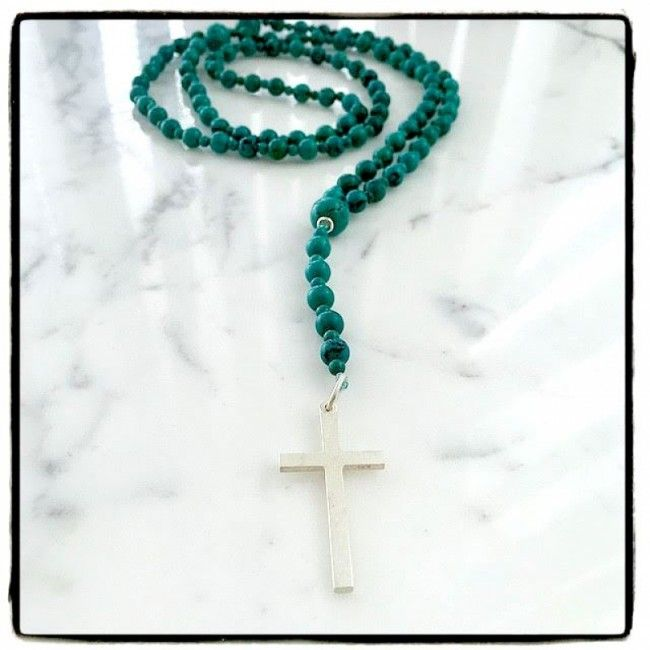 Rosary from Turquoise, small stones of Turquoise and a mat silver cross 80€