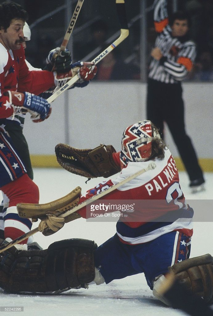 washington-capitals-goalie-mike-palmateer-stretches-to-make-a-save-picture-id52242295 (691×1024)
