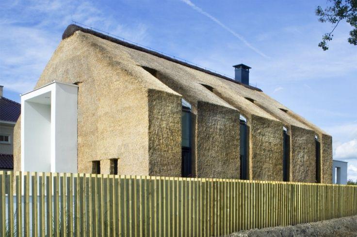 Living on the Edge / Arjen Reas #haystacks