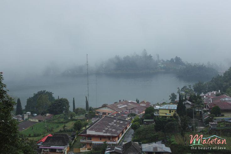 Visit Sarangan, East Java - Indonesia