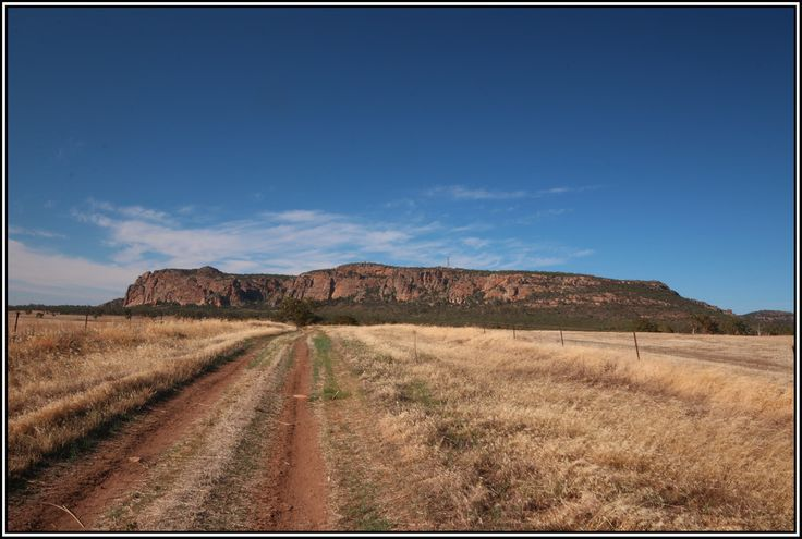 Mt Arapiles, Up The Road - Victoria