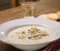 Hackfleisch-Käse-Suppe mit Lauch