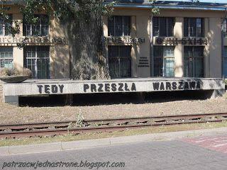 patrząc w jedną stronę: Warszawskie ulice w ogniu walki - 3 października 1...
