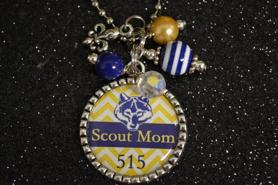 Scout Mom blue and Gold Chevron Wolf  Pendant Necklace, Bottle Cap Necklace, Gift, Cub Scouts, Mom