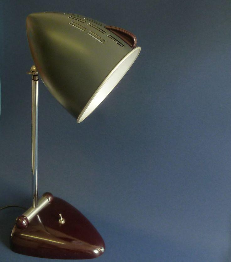 Design vintage desk lamp bakelite https://www.etsy.com/your/shops/DALESARTS/tools/listings/stats:true/555138028