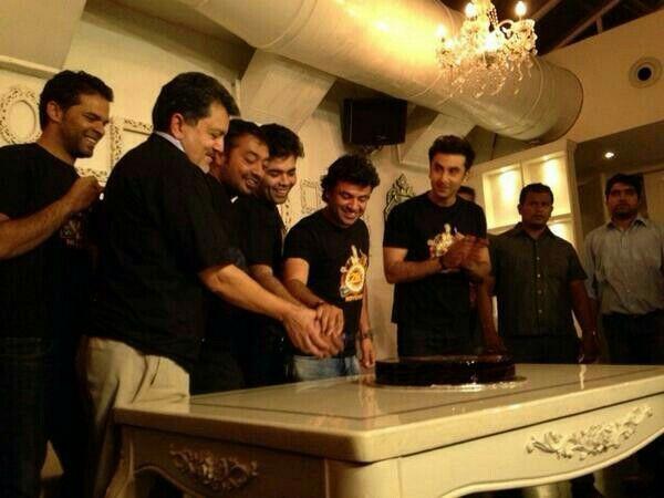 """#BBBreakingNews Ranbir Kapoor & Anushka Sharma starrer film """"Bombay Velvet"""" Release date finalized now on 28th November 2013."""