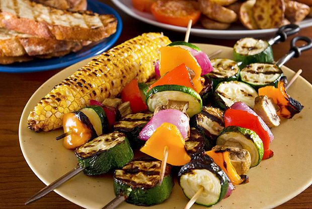 Healthy Tips to Lighten Up Picnic Foods    MyFoodDiary.com