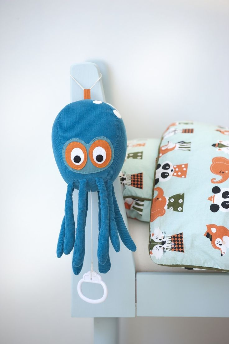 ferm LIVING Octopus Music Mobile