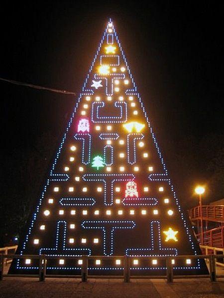 pac man christmas tree lights lighting - Unique Christmas Tree Lights