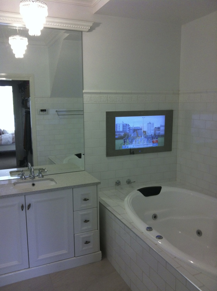 My stunning ensuite with mirror T.V..xx