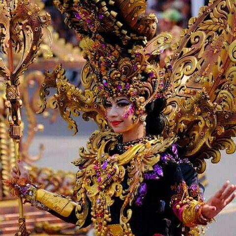 Rika Setiardi #Jember #EastJava #Indonesia #Festival Jember Fashion Carnaval # http://www.jemberfashioncarnaval.com/main.php