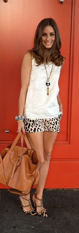 Shorts – Tibi, Shirt – Noon by Noor, Shoes – Valentino, Necklace – Lulu Frost, Purse – Meli Melo