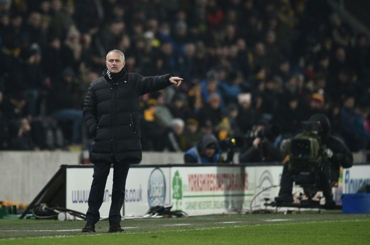 Mourinho mocks Klopp as Man Utd reach final   Kingston upon Hull (United Kingdom) (AFP)  Manchester United manager Jose Mourinho took a sarcastic swipe at his Liverpool counterpart Jurgen Klopp after his side booked their place in the League Cup final.  A day after Liverpool had been bundled out of the competition by Southampton United progressed with a 3-2 aggregate win over Hull City despite losing 2-1 in Thursdays second leg.  Klopp said the wind had made conditions difficult in…