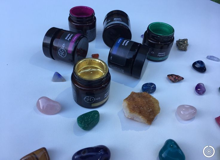 Gorgeous Metallic pigments available at Artisue Creative. www.artisue.com.au