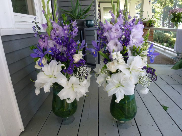 wedding alter flowers purple and white