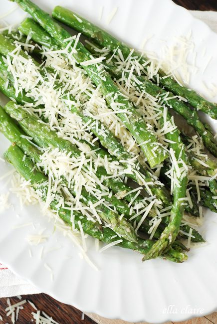 {Ella Claire}: GIVEAWAY, Blog Progressive Dinner, and Make the BEST Asparagus in Under 10 Minutes!
