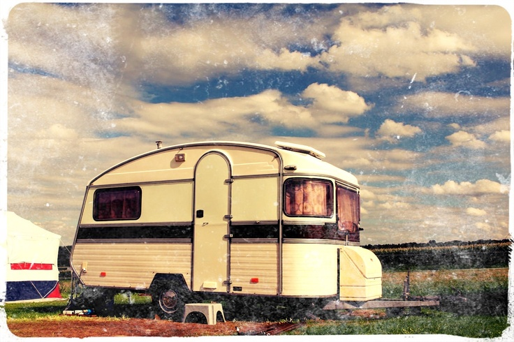 Onze Constructam uit 1980. Retro caravan.