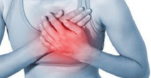 Le syndrome des cœurs brisés n'est absolument pas un terme poétique. Il s'agit d'un type de cardiomyopathie qui, selon les médecins, affecte quasi-exclusivement les femmes.
