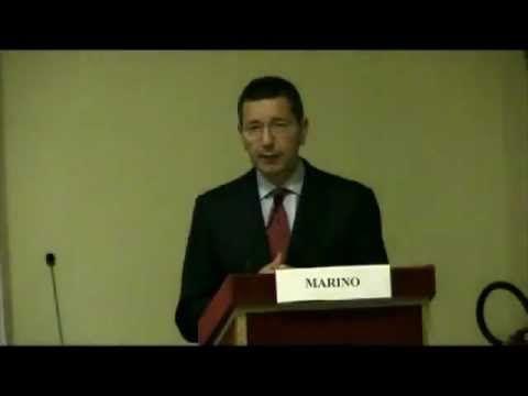 Sen. Ignazio Marino - Conferenza sulla sperimentazione sugli animali.avi CON QUELLA VOCE DA CASTRATO DIFENDE I CASTRATORI.