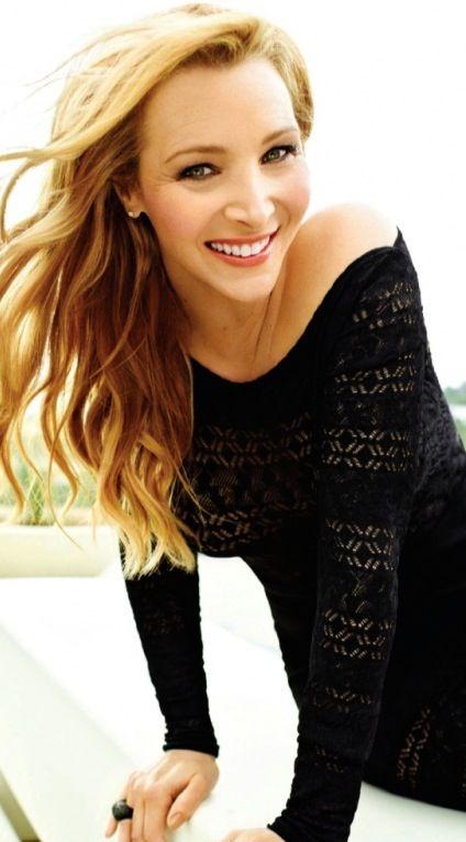 Lisa Kudrow as Phoebe Buffay