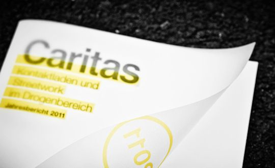 moodley brand identity -caritas kontaktladen jahresbericht