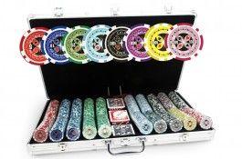 Mallette Ultimate Poker Chips 1000 jetons - Pokeo.fr - Mallette de poker en aluminium 1000 jetons Ultimate Poker Chips en PP stické 11,5g + 3 jeux de cartes en carton plastifié + 1 livret de règles du jeu Pokeo.