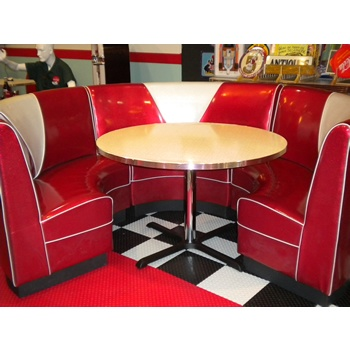 I totally want a diner booth for my kitchen dining!