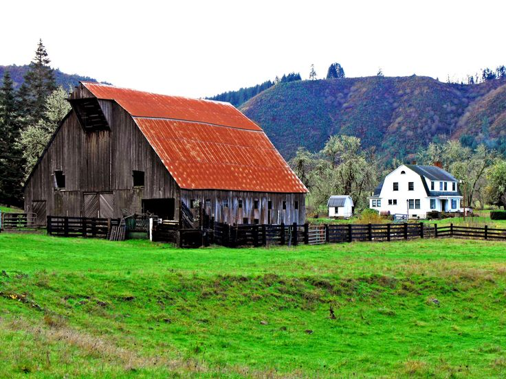 17 best images about old barns on pinterest the old for Country barn homes
