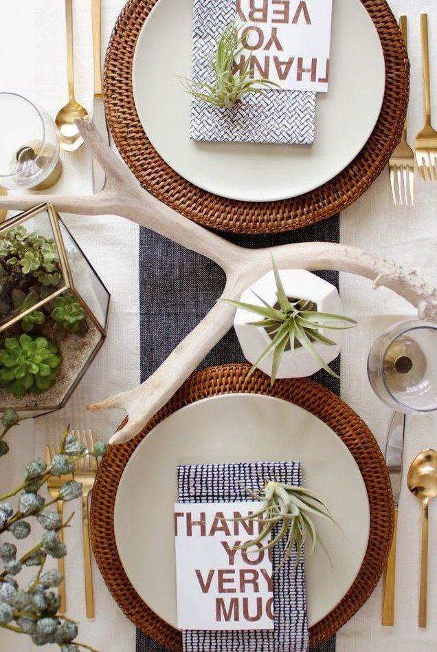 15 DIY ideas and inspiration for a modern Thanksgiving table -Apartment Therapy  #CompanysComing