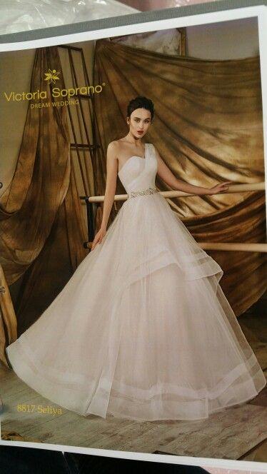 Magnifique robe de mariée Victoria Soprano @europeanbridalweek,@victoriasoprano, @robesdemariee, #robe,  #weddinggown,