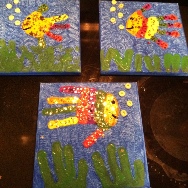 Easy cute art kids stuff pinterest fish kid and hands for Fish art and craft