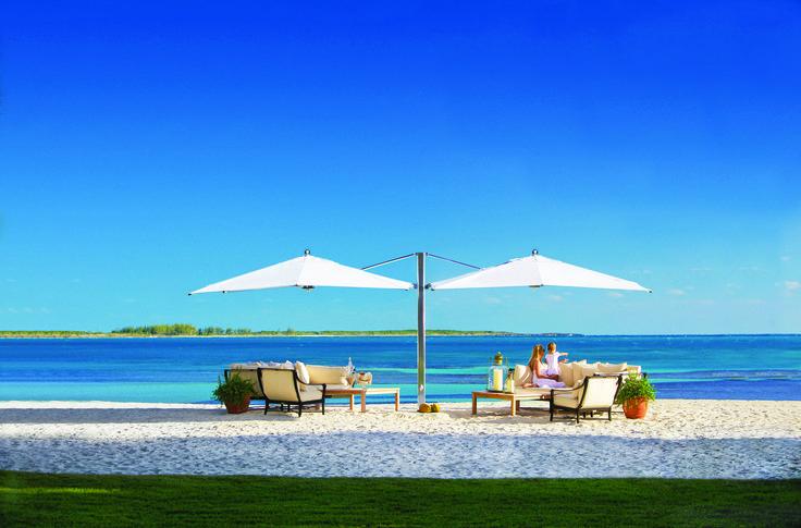 #avax #avaxdeco #tuuci #outdoorfurniture  #interiordesign #design #greekfurniturestores #ss15 #luxuryfurniture #greeksummer #swimmingpool