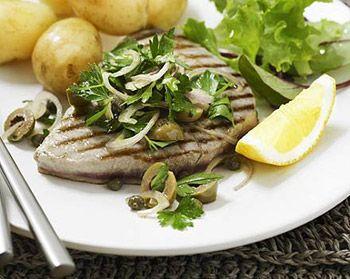 Gegrilde tonijn steaks