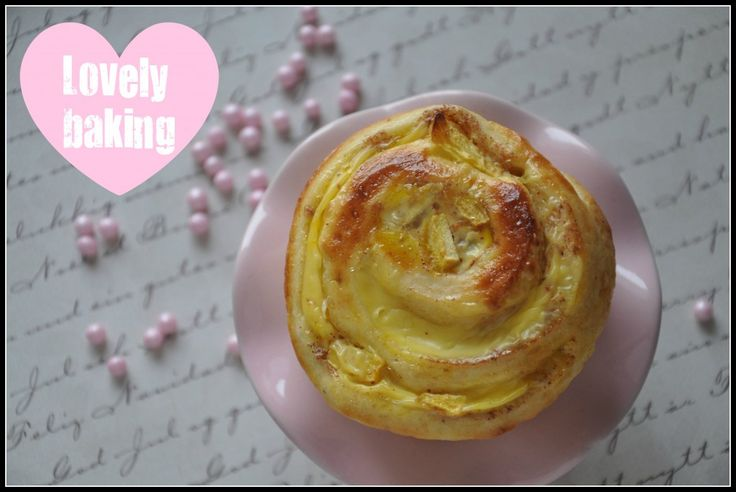 apple rolls with vanilla :)