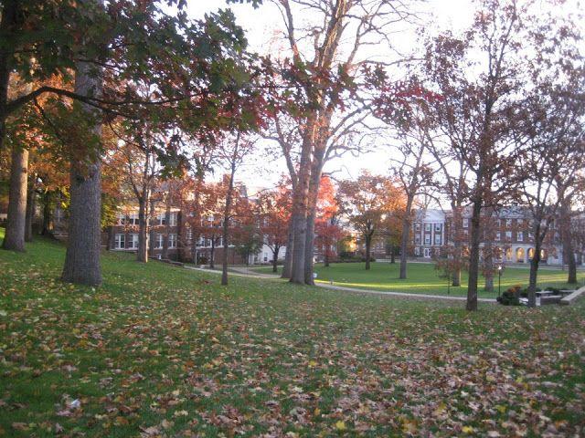 Senior Year Checklist  - College Tour