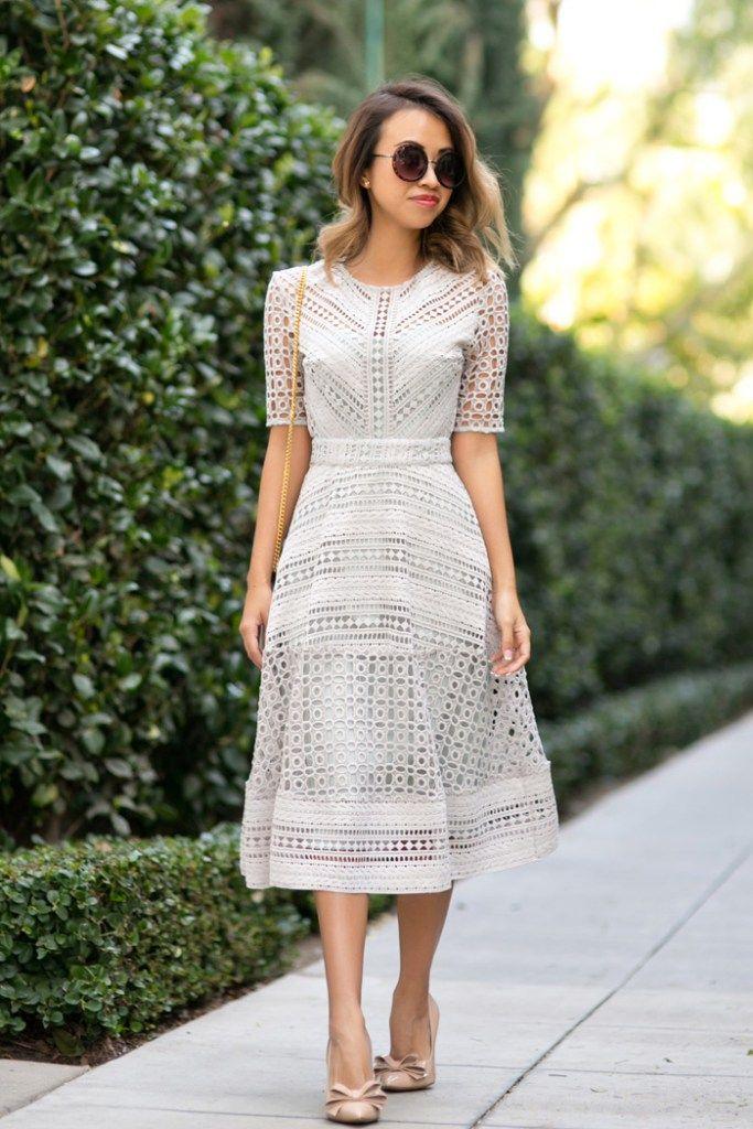 Petite Fashion Blog Lace And Locks Los Angeles Fashion Blogger Lace Midi Dress Asos Lace