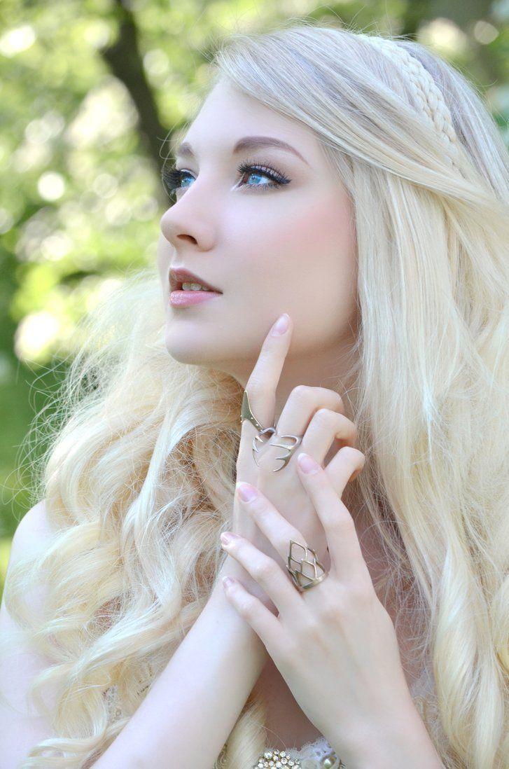 white fairy -- Photographer: Helle Gry Model: Maria Amanda